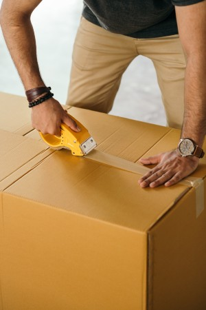 Moving checklist on Packing and Relocating